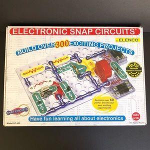 Snap Circuits SC-300 Electronics Project Kit